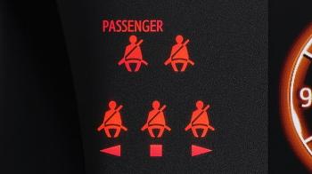 タンクの前席シートベルト締め忘れ警告灯