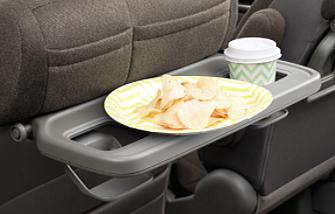 ステップワゴンのコンビニフック付きシートバックテーブル