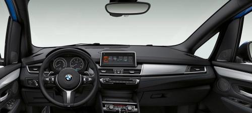 BMW 2シリーズグランツアラーのインパネ