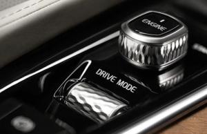 XC60 T8ツインエンジン AWD インスクリプションの走行モード